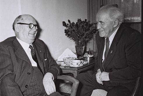 בן גוריון ומאלאן, 1953